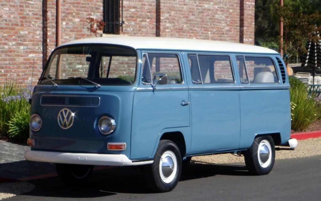 BLog - Roadtrip - VW Van - 1968-Volkswagon-Bus-5-e1402496060871-1024x643